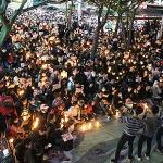 """거대한 시민항거 '100만 촛불'의 함성...""""대통령 하야하라"""""""
