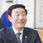 """신관홍 의장 """"도민을 최우선으로 하는 의정 펼쳐 나갈 것"""""""