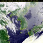 [주말 날씨] 구름 많고 산발적 빗방울...6호 태풍, 이동경로는?
