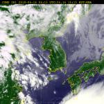 [내일 날씨] 휴일, 구름 많다가 점차 맑음...6호 태풍 경로는?