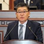 """조훈배 의원 """"산방산 일대 '거미줄 전선', 안전위협 심각"""""""