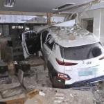 제주, SUV차량 식당 건물로 돌진...3명 부상