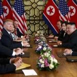 트럼프-김정은, 확대회담 시작…'하노이 선언' 담판
