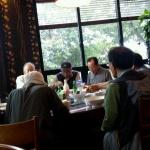 대륜동 나눔지원협약업체, 저소득 노인에게 식사와 간식 제공