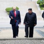 트럼프 '2분'이라던 판문점 만남, '3차 북미정상회담' 수준