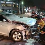 제주, 차량 3중 충돌사고...4명 부상